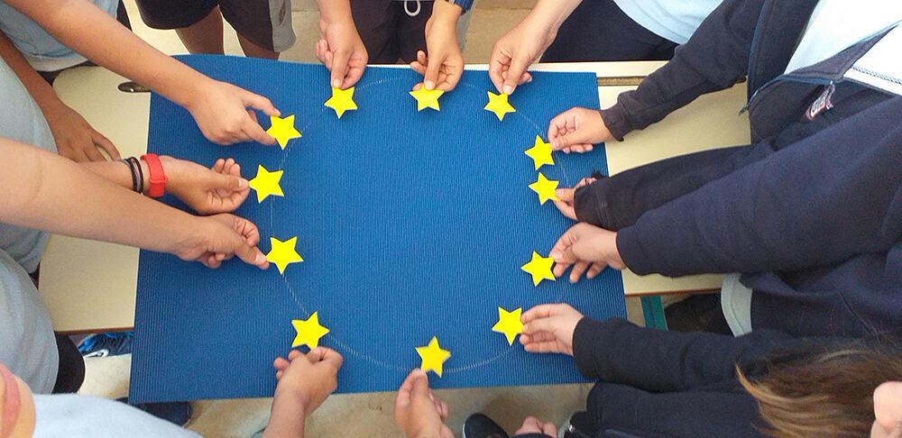 Γνωριμία με την Ευρωπαϊκή Ένωση! - ΕΚΠΑΙΔΕΥΤΙΚΗ ΑΝΑΓΕΝΝΗΣΗ